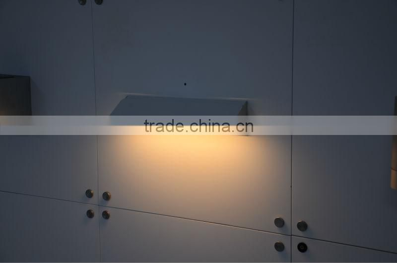 adjustable surface mounted Led wall light, up down Led wall lamp ,decorative wall light for bedroom, living room 6W