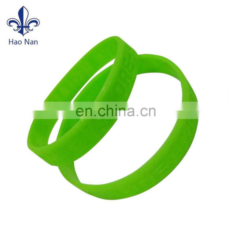 factory selling silicone wristband with custom design logo