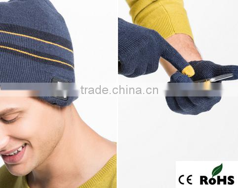 New Korean warm bluetooth beanie hats for hands free call and music play and touch screen gloves