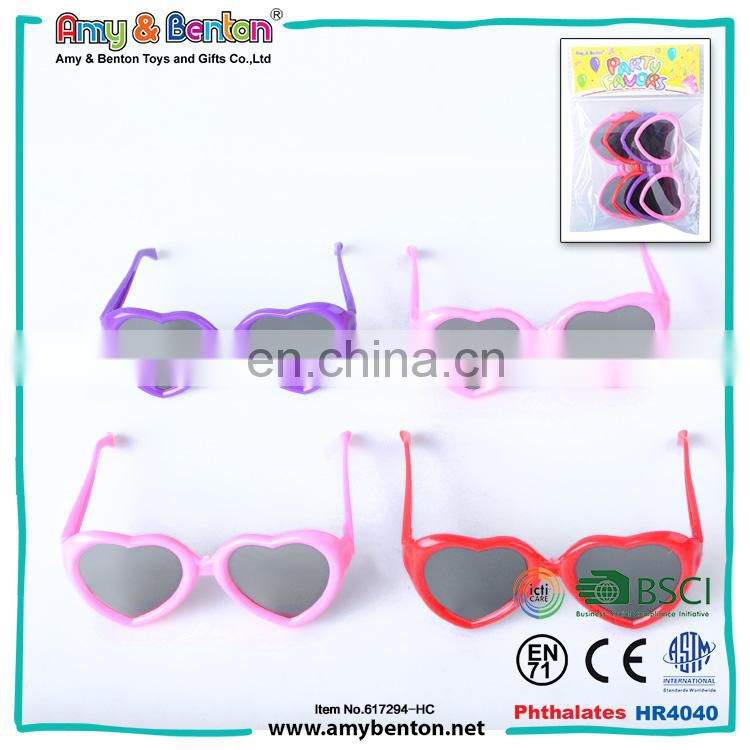 New Funny debut party favors heart shaped safty glasses made in italy