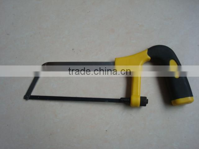 PLASTIC HANDLE SMALL SAW