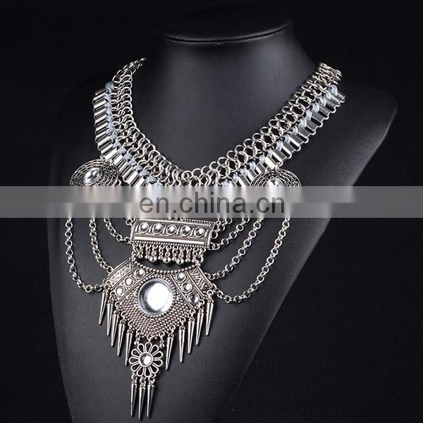 2017 Exaggerated Vintage bohemia crystal necklace Crystal Flower Maxi Rhinestone Bijoux Necklace