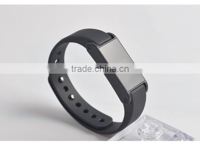 2014 New Waterproof Smart Bracelet Bluetooth Health Wristband with APP Sync Pedometer Sleep Tracing