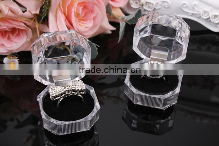 C11 ANPHY Mini Ring Box Plastic Octagonal with Lid Fleece cover inside Ring Gift Box for promotions