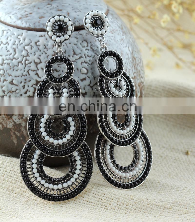 2014Latest Fashion Hot Sale New Design Wedding Crystal Diamond Earrings For Women