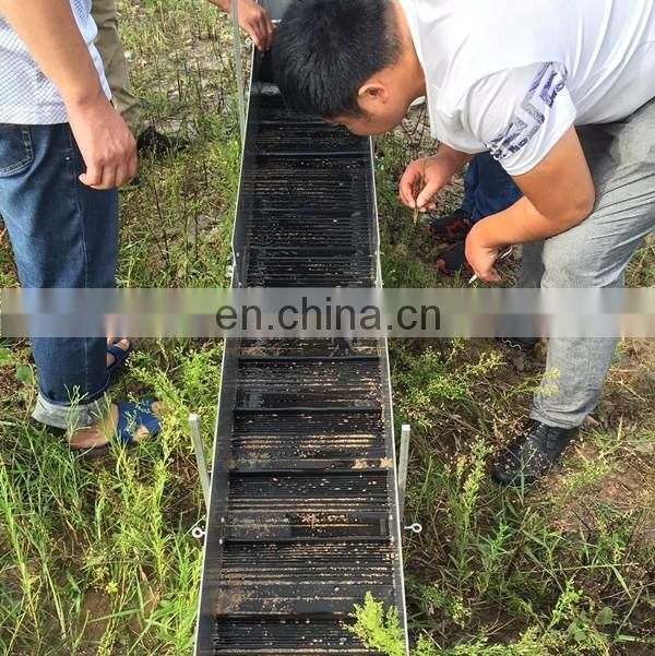Small gold recovery machine mini sluice box with gold mat
