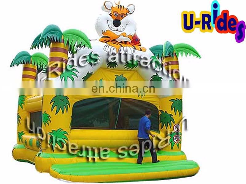 New design inflatable jungle bounce castle for child
