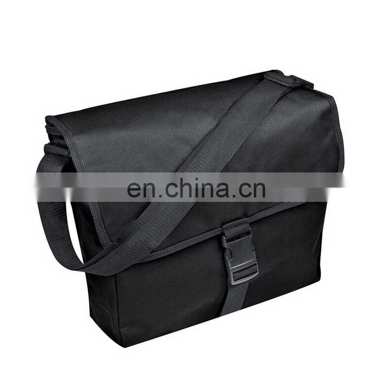 Cross body cool shoulder bag men