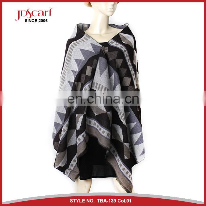 Factory direct hot sell arabic ponchn shawl scarf