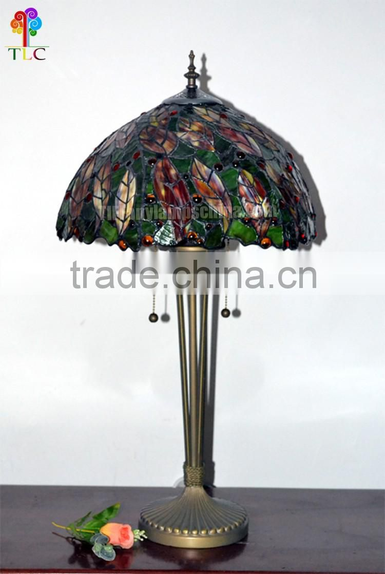 15 Inch Leaf Stained Glass Tiffany Table Lamps Stock Tiffany