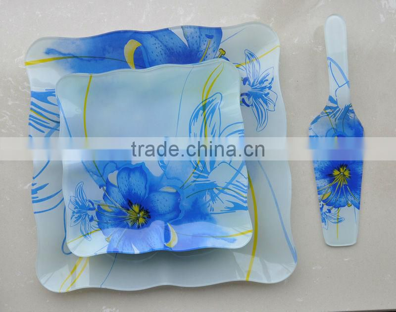 Square dinner plate with server set