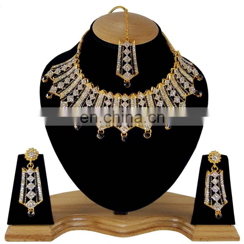 Stylish Designer Gold Plated Bollywood Party wear Jewelry Necklace Set Black Color