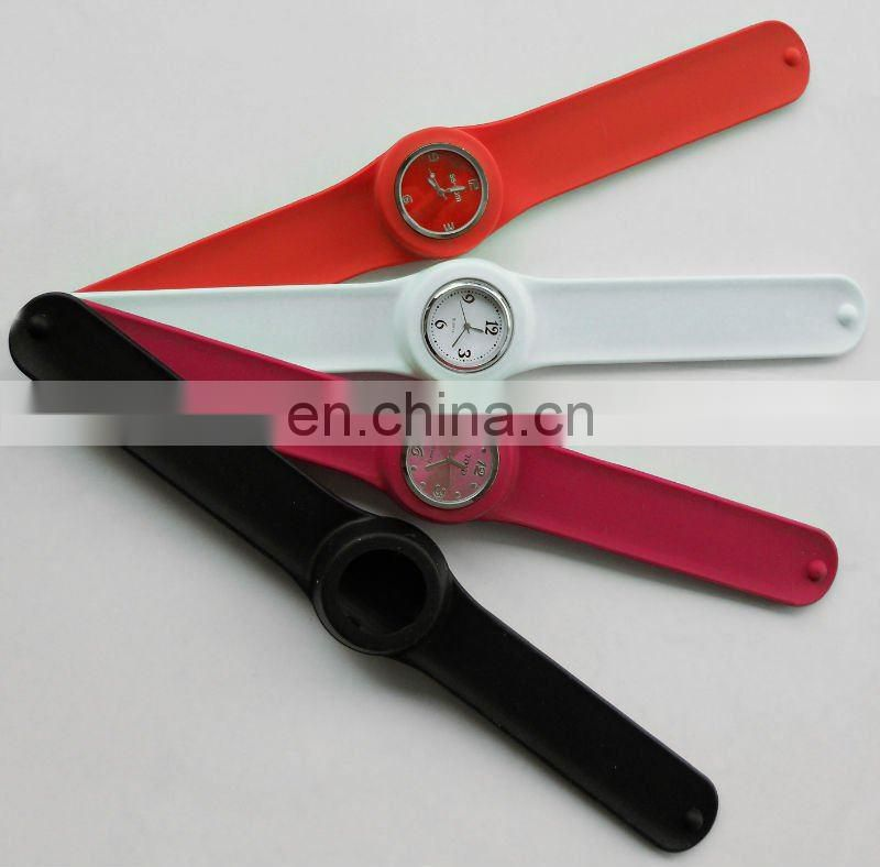Promotional Silicone Sports Band Watch With Customzied Logo