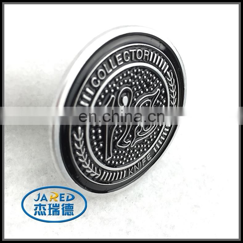 Newest wholesale tinplate magnetic button metal badge