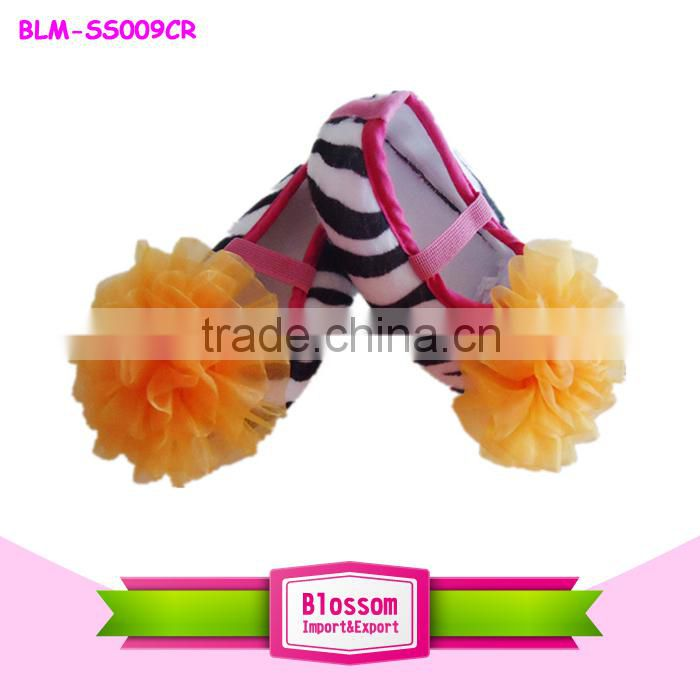 Hot sales! Top quality lovely zebra leopard cotton wholesale baby shoes with pink flower