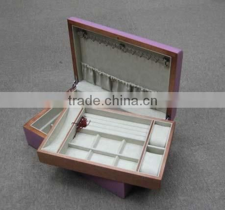 high gloss finished wooden jewellery box