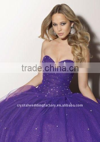 2012 strapless sweetheart beaded custom-made christmas ball gown CWFab3655