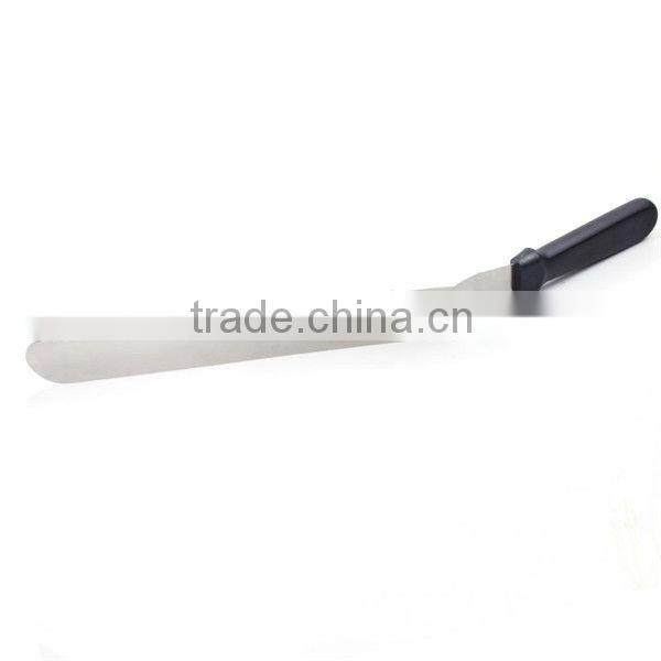 Long flexible stainless steel cake spatula