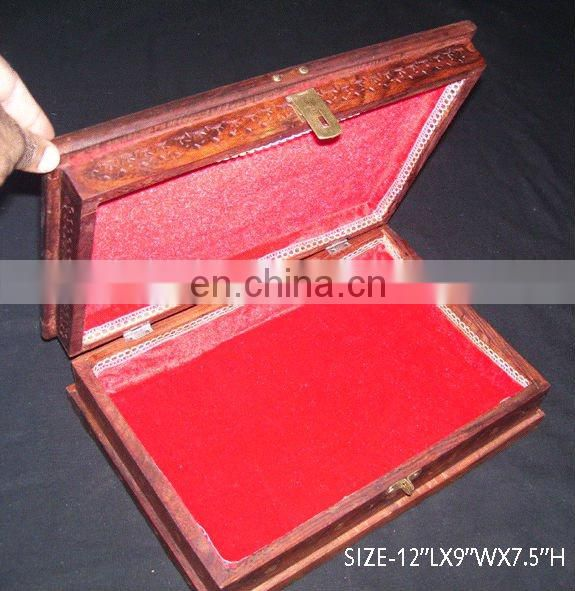WOODEN QUARAN BOX