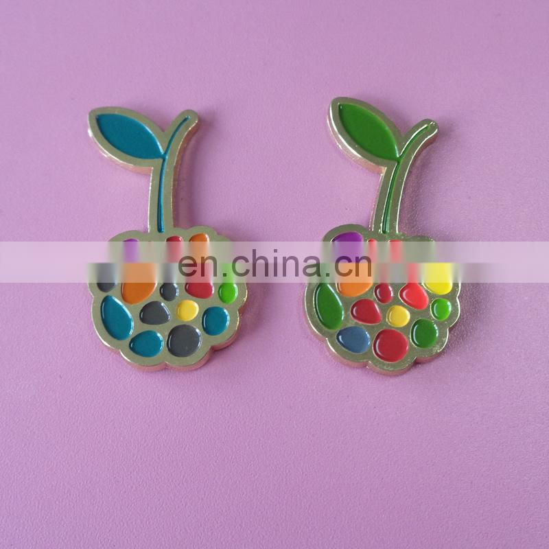 Netherlands color beautiful tulip flower image custom design soft enamel metal lapel pin badge