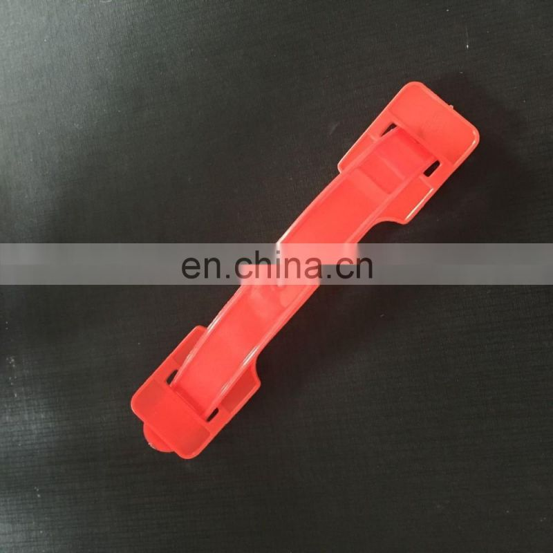 Plastic handle for carton
