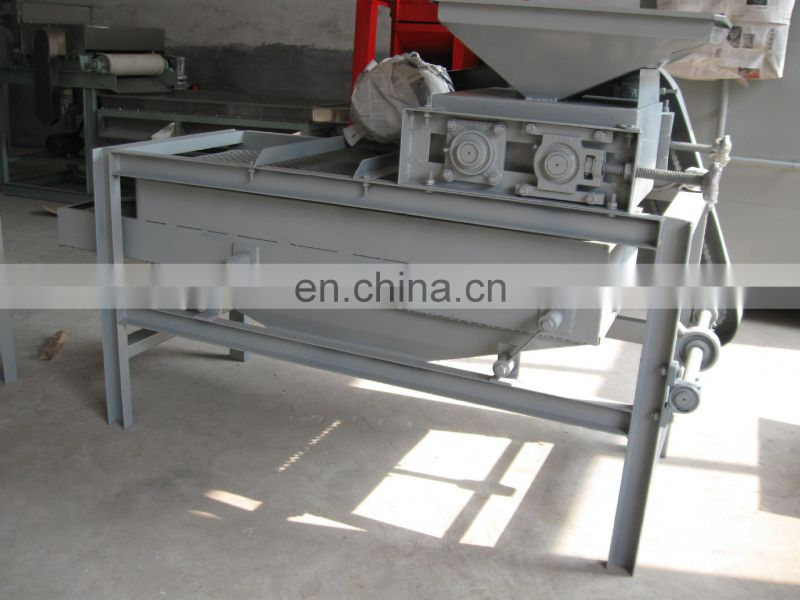 Nut Shelling Pistachio Sheller/almond shell processing machine
