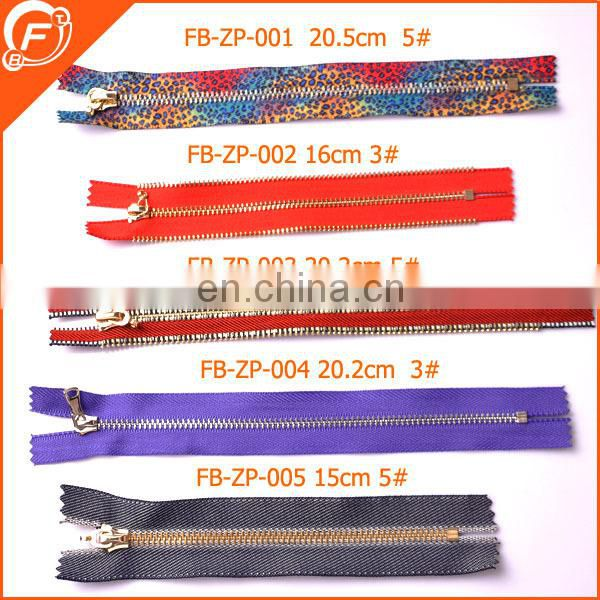 cheap nylon zipper with metal slider for garments