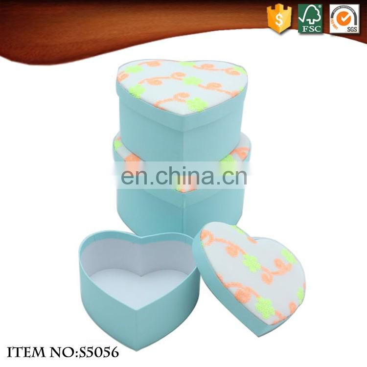 Fabric covered flower heart shaped gift box with lid