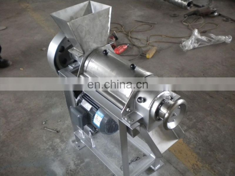 Hot Sale Good Quality Spiral fruit juicer / Fruit juice screw extractor / Spiral industrial juicer machine