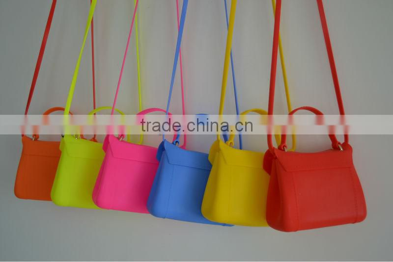 12colors stock!!! Very new silicone cosmetic bag