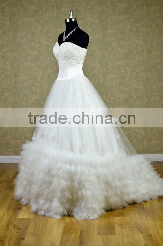 Dubai elegant strapless corset lace top embroidery wedding dress lots of buckling expansion skirt with golden beading dress