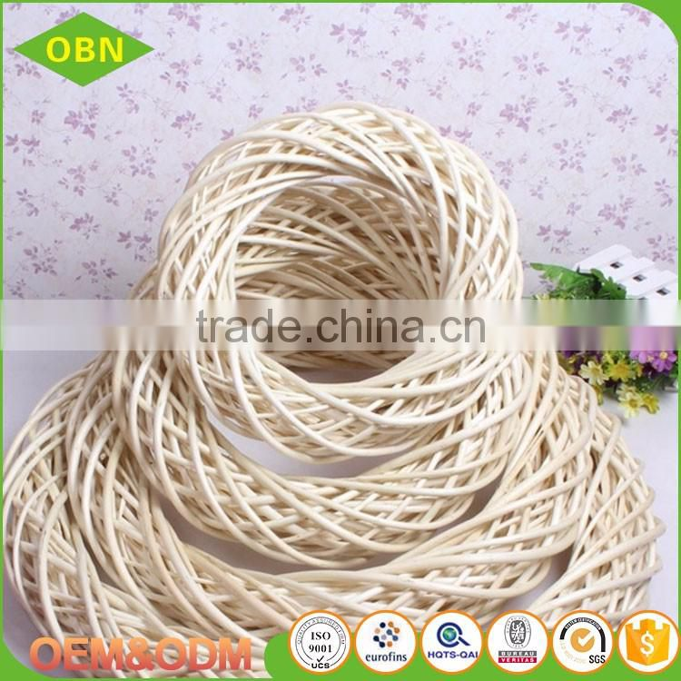 Wholesale Outdoor Wicker Christmas crafts cheap bulk natural willow wreath decoration