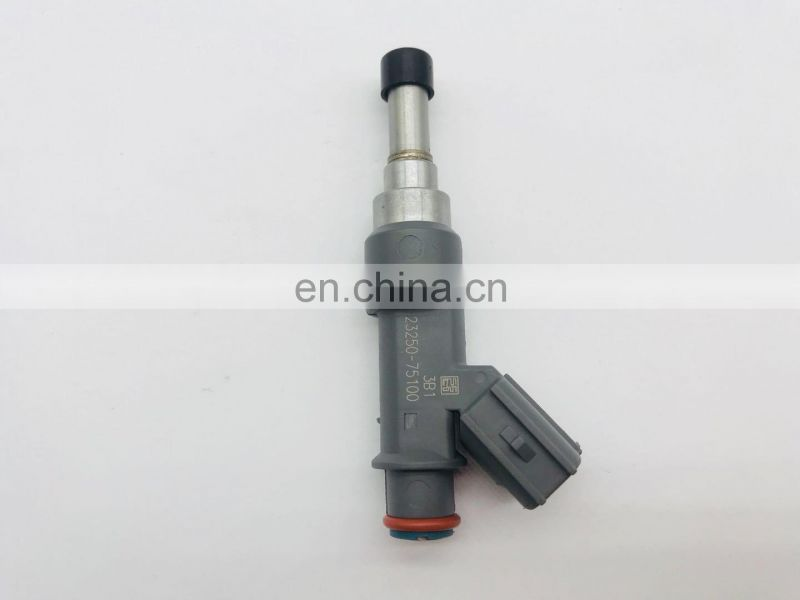 Fuel Injector/Nozzle OEM 23250-75100 for Hilux 2.7 2TR Engine