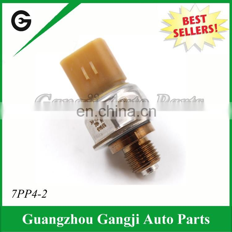 High Quality Fuel Rail Pressure Sensor OEM 7PP4-2 Car Oil Sensor