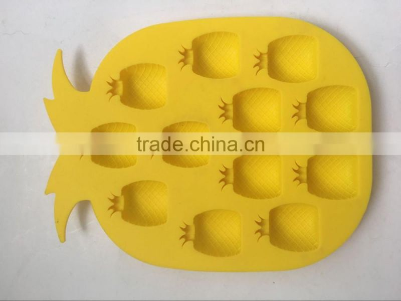pineapple shape silicone plastic ice cube tray maker mould