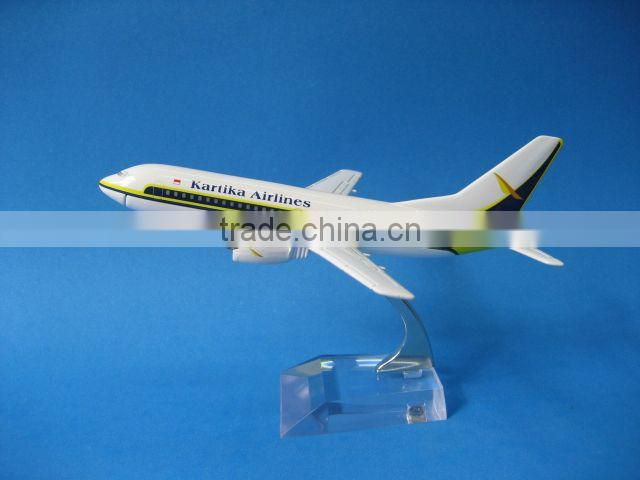Metal B737-300 Four Circular airplane model for gifts