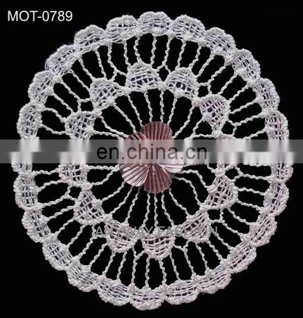 Lastest popular shell applique motif with embroidery flower decorating