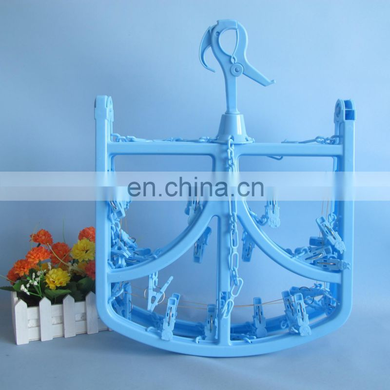 2014 new product good quality square plastic cloth hanger