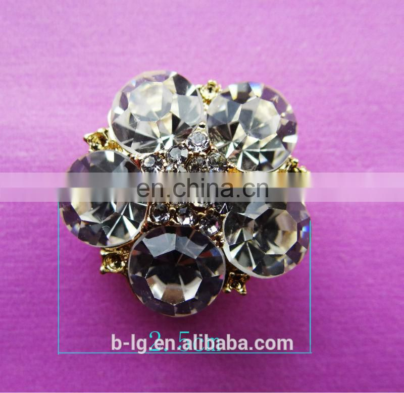Women cloth hot sale design rhinestone welding on pin buttons