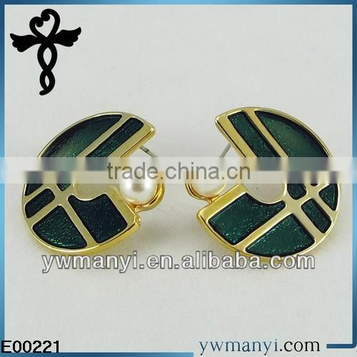 2014 new fashion ladies stud designs k gold color enamel pearl earrings parts in zinc alloy jewelry E00221