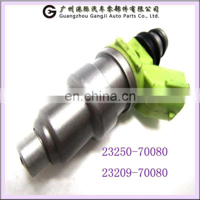 Use Car Part 23250-70080 23209-70080 Fuel Injection Nozzle Parts for Toyot