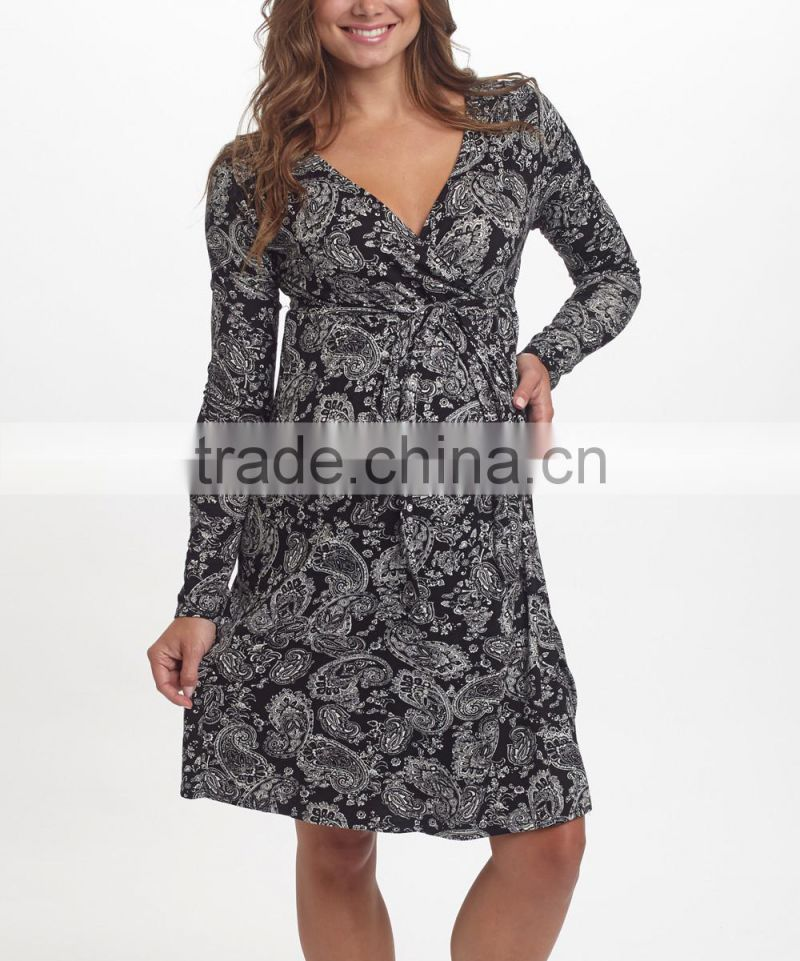New Arrivals Maternity Dresses With Black And White Paisley Maternity Surplice Dress Women Wear WD80817-14