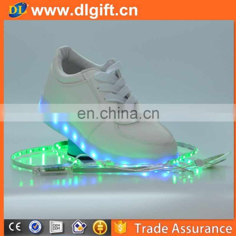 Canada wholesale usb rechargeable crazy led flashing light