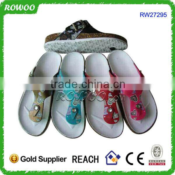 new arrival fashion and durable wholesale price indoor slippers with various colors