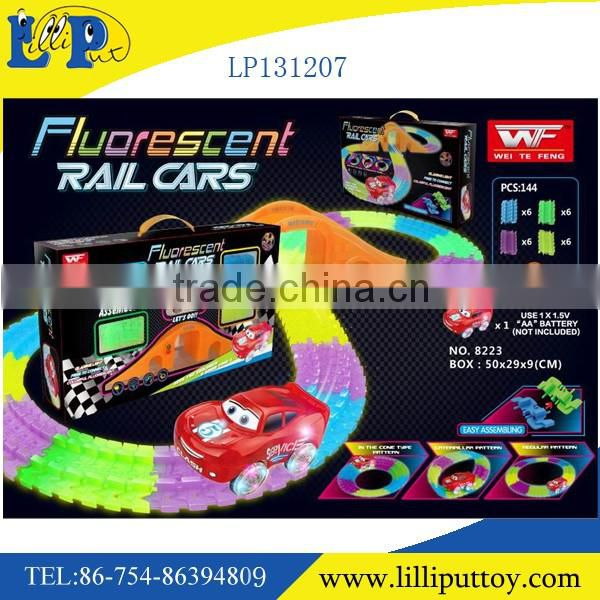 2016 new product B/O fluorescent rail car Luminous changeable night ligth rail car tomas car 150pcs with light
