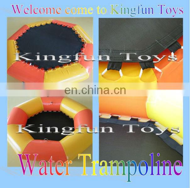 Jumping water trampolin with CE/UL airpump