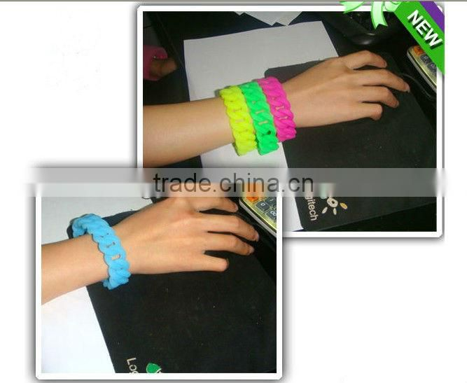 MA-257 2013 Hot Sell Star Shaped Silicone Bracelet
