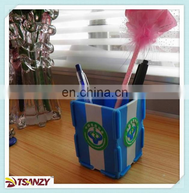 custoom cartoon plastic pen holder/pen stand