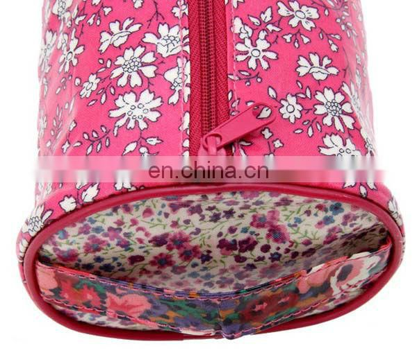 PU Round Floral Cosmetic Bags For Magazine Promotion