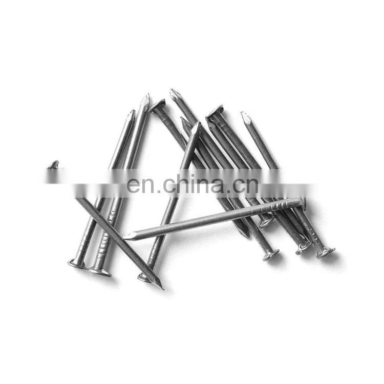 Galvanized common nails in cartons